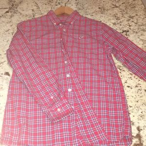 Vineyard vines buttoned down